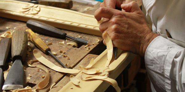 Lavorazione artigiana del legno